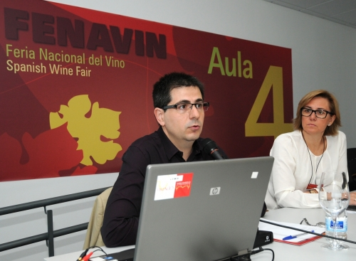 Los profesores de la UCLM, Ángel Raúl Ruiz Pulpón y María Carmen Cañizares