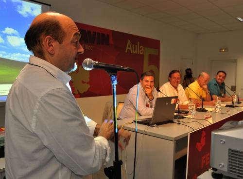 Celestino Mediavilla, y en mesa Alberto Granados, Ignacio Salmerón, Juan Antonio Corbalán e Isaac Muga