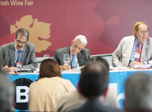 Ramón Tamames, Pedro Schwartz y Emilio Ontiveros