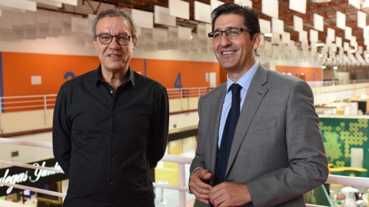 De izquierda a derecha Manuel Juliá y José Manuel Caballero, director y presidente de FENAVIN