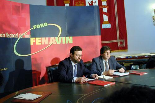 El Presidente de FENAVIN Nemesio de Lara y el Coordinador Institucional Ángel Amador