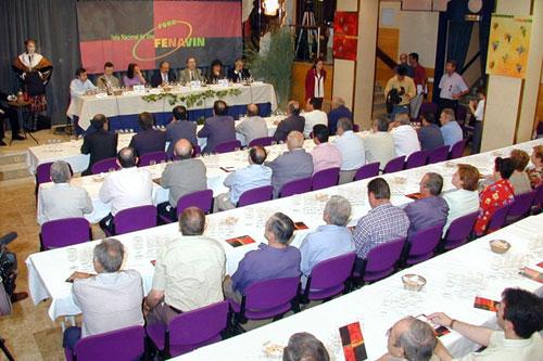 """Gran participación de público en el Foro Fenavin """"Encuentros y desencuentros entre vino y gastronomía"""""""