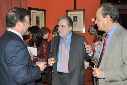 Nemesio de Lara, Luis Mariñas und Manuel Julia im Restaurant Zalacaín de Madrid